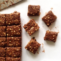 Crunchy Chocolate Caramel Bars